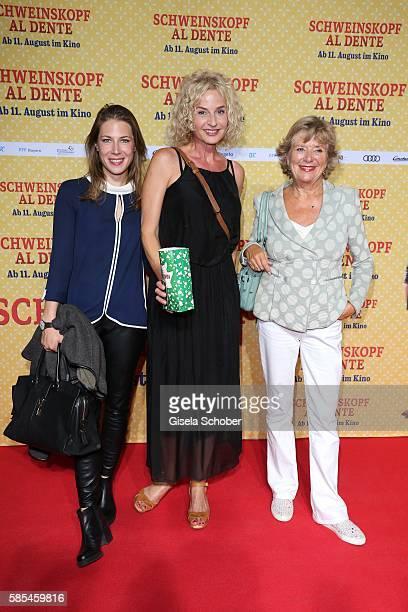 Esther Marie Pietsch Franziska Schlattner and Jutta Speidel during the premiere of the film 'Schweinskopf al dente' at Mathaeser Filmpalast on August...