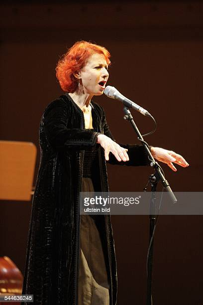 Esther Zaied Singer Actress Israel performing in Berlin Germany