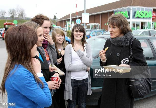 Esther Rantzen talks to school girls she campaigns as an independant candidate for Luton South on April 14 2010 in Luton England Esther Rantzen is...