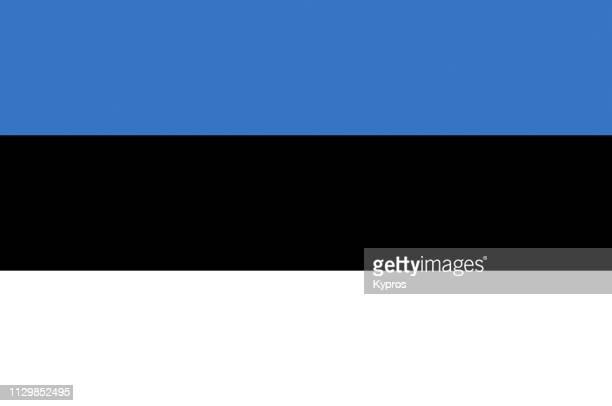 estonia flag - estonia fotografías e imágenes de stock