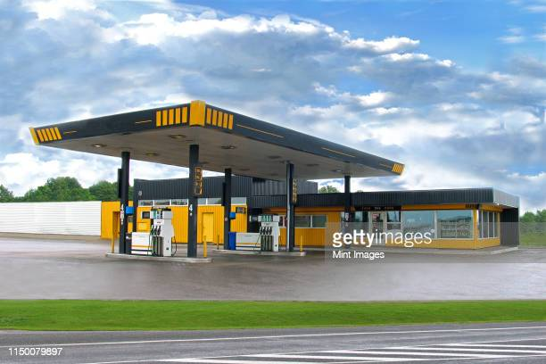 estonian gas station - gas station stock pictures, royalty-free photos & images