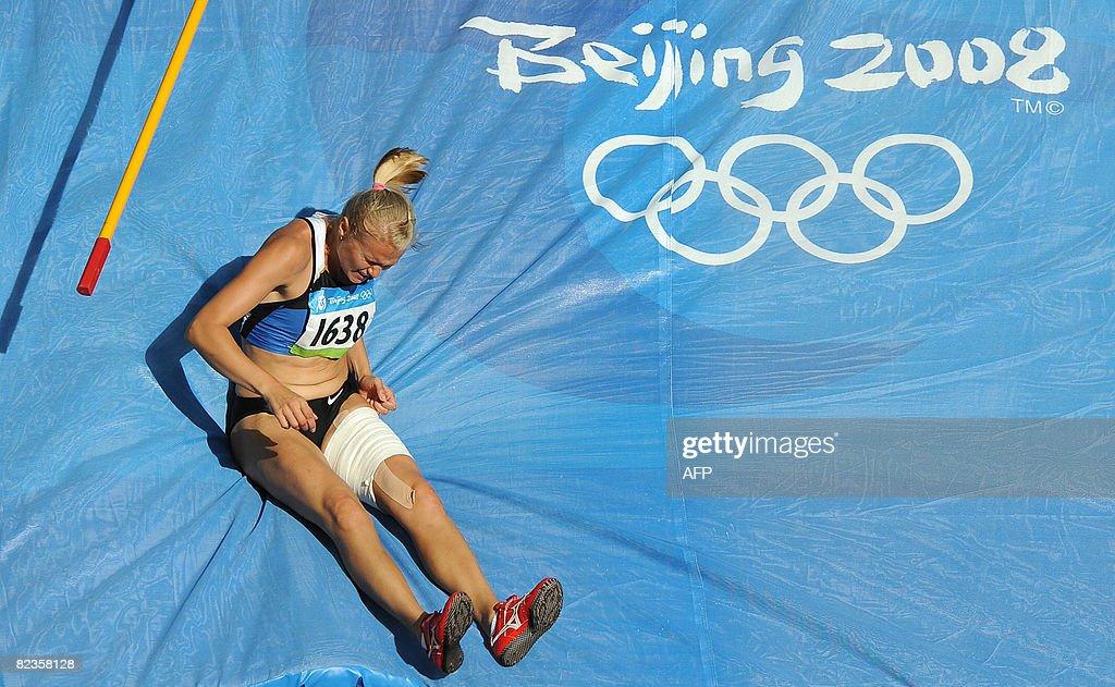 Estonia's Kaie Kand misses her jump duri : News Photo