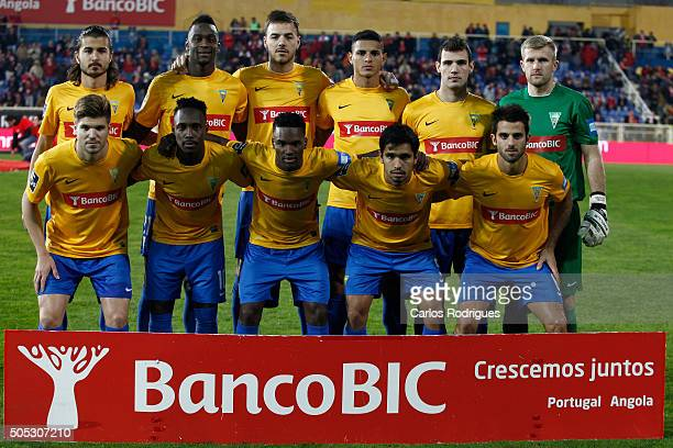 Estoril initial team during the match between GD Estoril and SL Benfica for the Portuguese Primeira Liga at Estadio da Luz on January 16 2016 in...