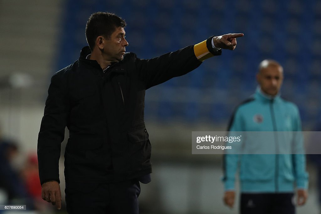 Estoril's coach Fabiano Soares from Brazil during the match between Estoril Praia SAD and CF Os Belenenses for the Portuguese Primeira Liga at Estadio Antonio Coimbra da Mota on August 21, 2016 in Lisbon, Portugal.