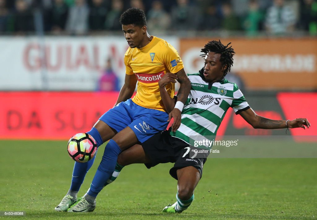 Estoril's defender Ailton Silva from Brazil with Sporting CP's forward Gelson Martins from Portugal in action during the Primeira Liga match between GD Estoril Praia and Sporting CP at Estadio Antonio Coimbra da Mota on February 25, 2017 in Estoril, Portugal.