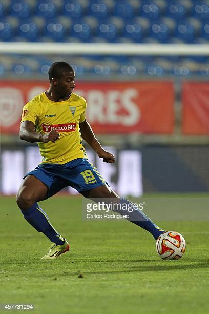 Estoril's forward Seba in action during the Europa League match between Estoril Praia v FC Dinamo Moskva at Antonio Coimbra Da Mota on October 23...
