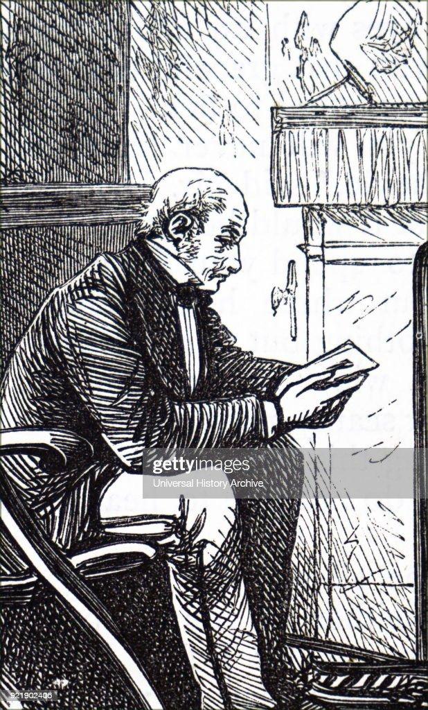 An older gentleman reading. : News Photo