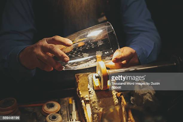 etching glass - dustin abbott stockfoto's en -beelden