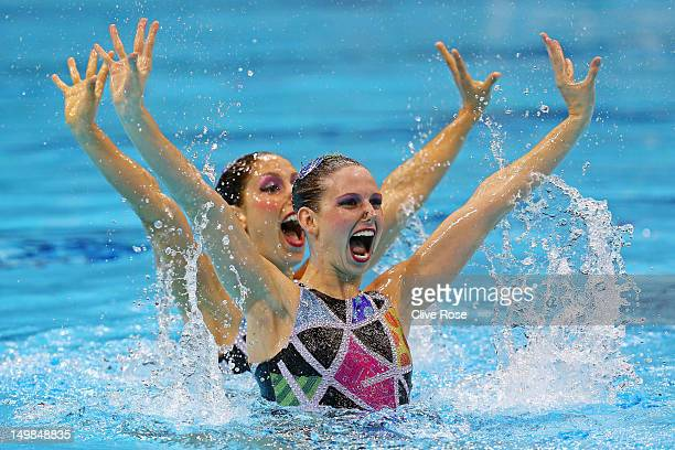Etel Sanchez and Sofia Sanchez of Argentina compete in the Women's Duets Synchronised Swimming Technical Routine on Day 9 of the London 2012 Olympic...