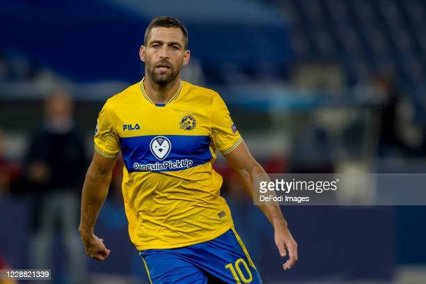 Etey Shechter of Maccabi Tel-Aviv FC looks on during the UEFA Champions League Play-Off second leg match between RB Salzburg and Maccabi Tel-Aviv at...