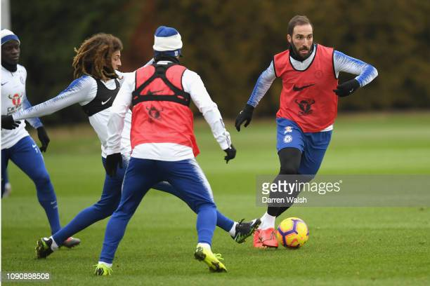 Ethan Ampadu and Gonzalo Higuaín of Chelsea during a training session at Chelsea Training Ground on January 29 2019 in Cobham England
