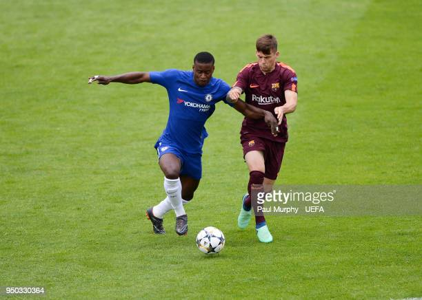 Ethan Ampadu of Chelsea and Carles Pérez of Barcelona during the UEFA Youth League Final between Chelsea FC and FC Barcelona at Colovray Sports...