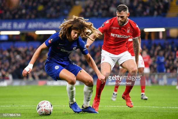 Ethan Ampadu of Chelsea and Daryl Murphy of Nottingham Forest during the FA Cup Third Round match between Chelsea and Nottingham Forest at Stamford...