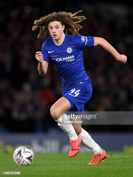 Ethan Ampadu of Chelsea runs with the ball during the FA Cup Fourth Round match between Chelsea and Sheffield Wednesday at Stamford Bridge on January...
