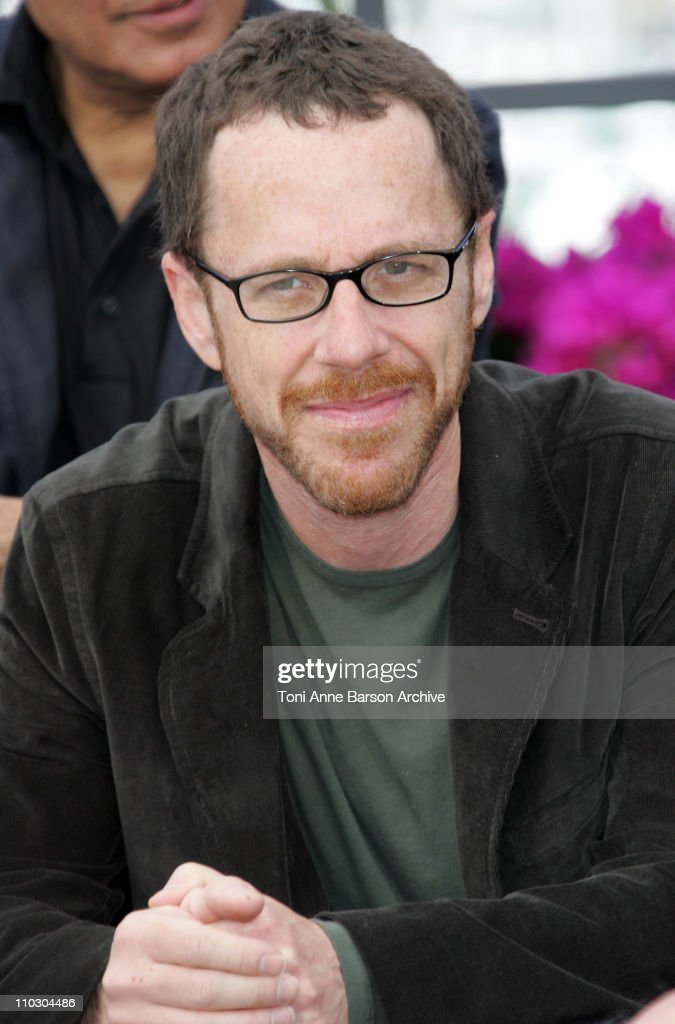 "2007 Cannes Film Festival - ""Chacun Son Cinema"" All Directors Photocall"