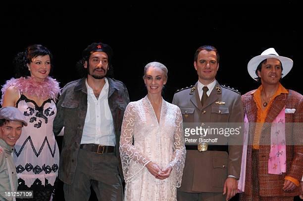 "Ethan Freeman , Anna Maria Kaufmann , Wolfgang Hoetzel , Gino D' Oro , ""Musical-Theater"", Bremen, , Musical: ""Evita"", A n d r e w L l o y d W e b b e..."