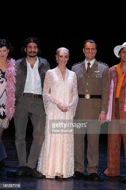 Ethan Freeman Anna Maria Kaufmann Wolfgang Hoetzel Gino D' Oro MusicalTheater Bremen Musical Evita A n d r e w L l o y d W e b b e r Sopranistin...
