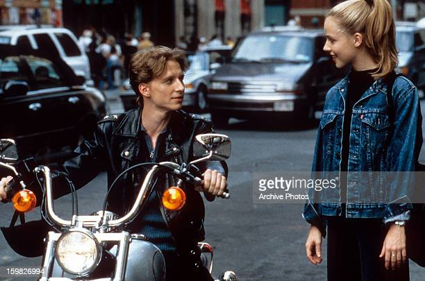 Ethan Stiefel picks up Amanda Schull in a scene from the film 'Center Stage' 2000