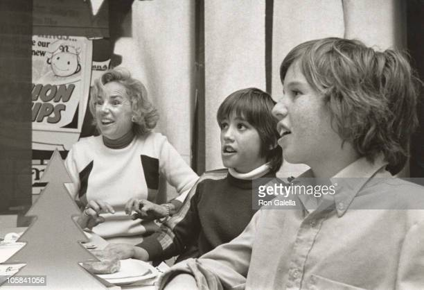 Ethel Kennedy and Kennedy kids during Lunch After Skating at Bedford Styvesant Restoration Center at Nathan's in New York City New York United States