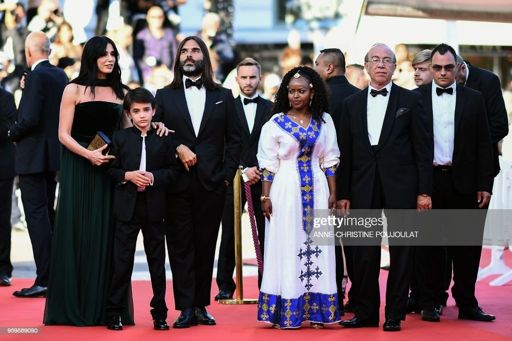 TOPSHOT - Ethiopian actress Yordanos Shiferaw (R), Lebanese actor Zain al-Rafeea (2L), Lebanese director and actress Nadine Labaki (L) and Libanese producer Khaled Mouzanar (2R) arrive on May 17, 2018 for the screening of the film 'Capharnaum' at the 71st edition of the Cannes Film Festival in Cannes, southern France.