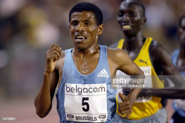 Ethiopian Haile Gebrselassie wins the men's 10,000 in the 27th Van Damme Memorial of the Golden League 05 September 2003 at Roi Baudouin stadium in...