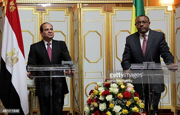 Ethiopian Prime Minister Hailemariam Desalegn and Egyptian President Abdel Fattah alSisi attend a joint press conference at the Ethiopian National...