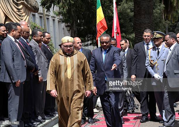 Ethiopian Prime Minister Hailemariam Desalegn welcomes King Mohammed VI of Morocco during an official welcoming ceremony at National Palace in Addis...