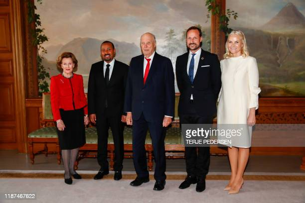 Ethiopia's Prime Minister and 2019 Nobel Peace Prize Laureate Abiy Ahmed Ali poses with Queen Sonja of Norway , King Harald V of Norway , Crown...