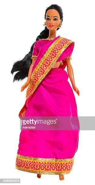 ethnische indianer barbie puppe fashon - ganzkörper freisteller editorial stock-fotos und bilder