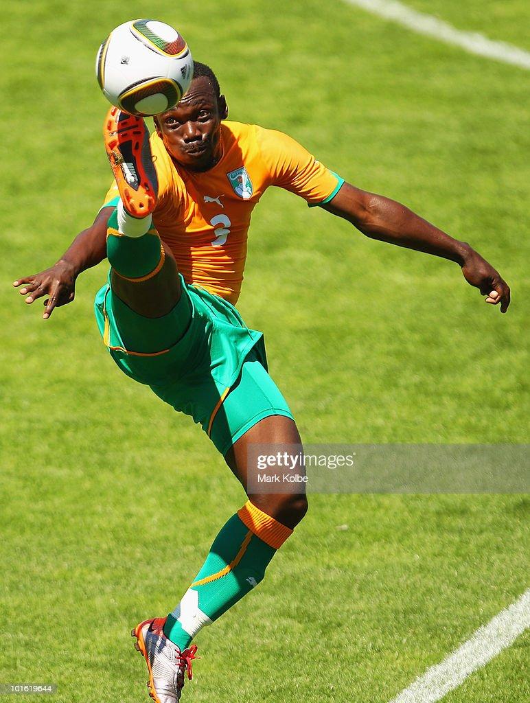 Japan v Ivory Coast - International Friendly : News Photo