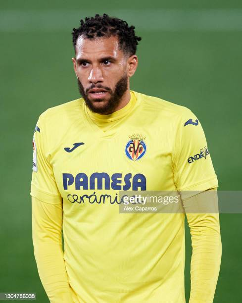 Etienne Capoue of Villarreal CF looks on during the La Liga Santander match between Villarreal CF and Atletico de Madrid at Estadio de la Ceramica on...