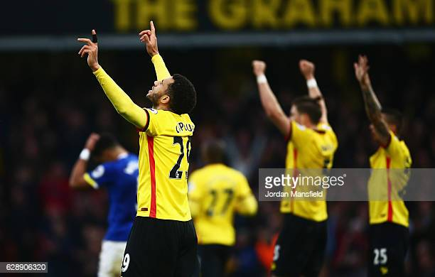 Etienne Capoue of Watford and team mates celebrate victory after the Premier League match between Watford and Everton at Vicarage Road on December 10...