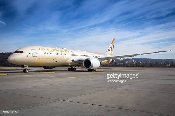 Etihad Airways Boeing 787 9 Dreamliner
