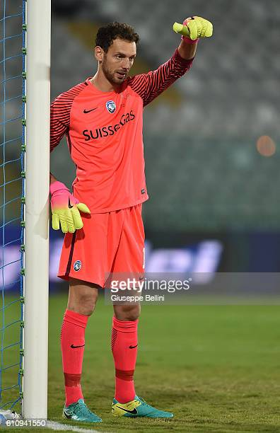 Etrit Berisha of Atalanta BC in action during the Serie A match between FC Crotone and Atalanta BC at Adriatico Stadium on September 26 2016 in...
