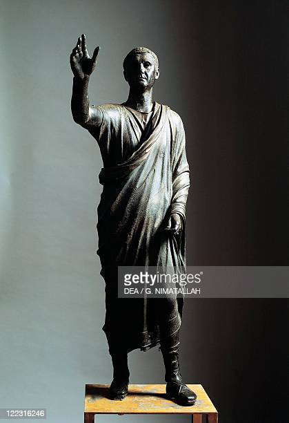 Etruscan civilization 1st century bC Lost wax cast bronze statue of orator circa 80 bC from Pila