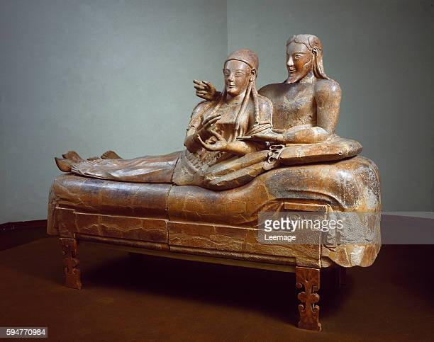 Sarcophagus of the spouses Terracotta sculpture from Cerveteri 525500 BC Museo di Villa Giulia Roma