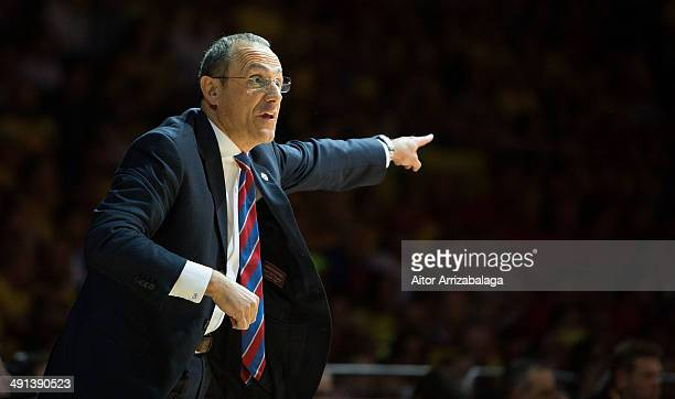 Ettore Messina in action during the Turkish Airlines EuroLeague Final Four Semi Final B between CSKA Moscow vs Maccabi Electra Tel Aviv at Mediolanum...