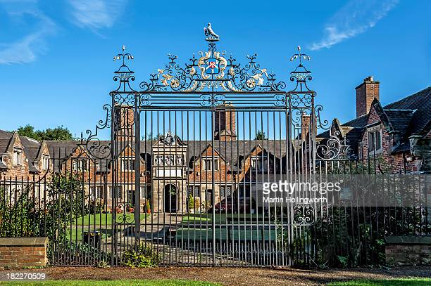 CONTENT] Etwall South Derbyshire UK The gates were made by Robert Bakewell of Derby and originally located at Etwall Hall CameraNikon D700 Lens Nikon...
