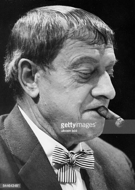 Eugen Roth Schriftsteller D Porträt 1971