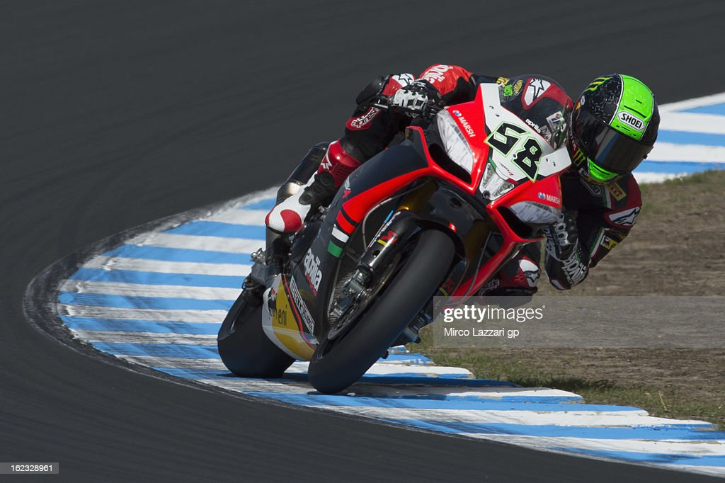 Eugene Laverty of Ireland and Aprilia Racing Team rounds the bend during qualifying practice ahead of the World Superbikes at Phillip Island Grand Prix Circuit on February 22, 2013 in Phillip Island, Australia.
