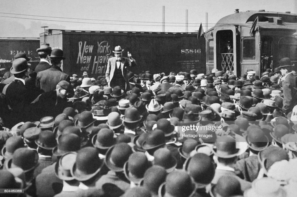 Eugene Victor Debs American Union Leader Addressing A Crowd 20th Century : News Photo