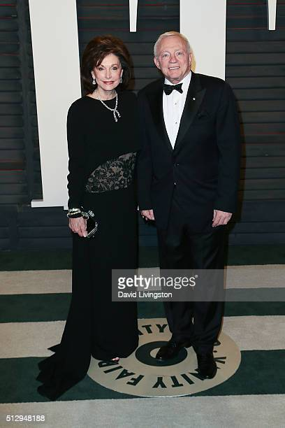Eugenia Jones and Dallas Cowboys owner Jerry Jones arrive at the 2016 Vanity Fair Oscar Party Hosted by Graydon Carter at the Wallis Annenberg Center...