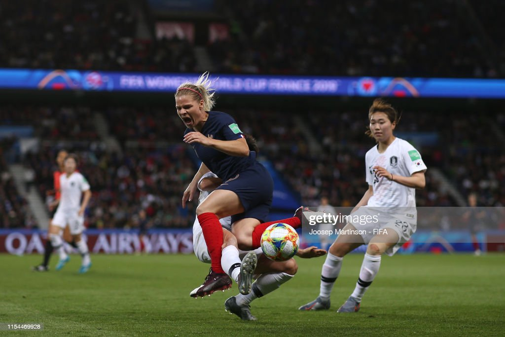 France v Korea Republic: Group A - 2019 FIFA Women's World Cup France : News Photo