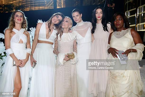 Eugenie Niarchos Bianca Brandolini d'Adda Editorin Chief of Vogue Italia Franca Sozzani Malgosia Bela Mariacarla Boscono and Ertharin Cousine attend...
