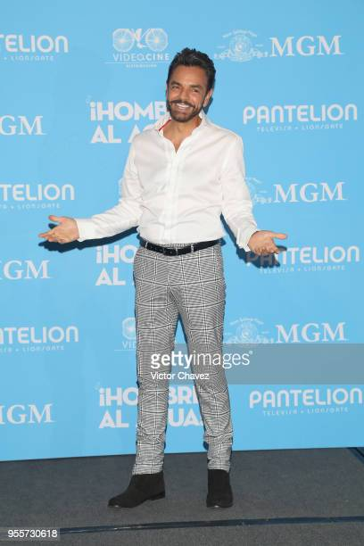 """Eugenio Derbez attends a press conference to promote the film """"Overboard """" at St. Regis Hotel on May 7, 2018 in Mexico City, Mexico."""