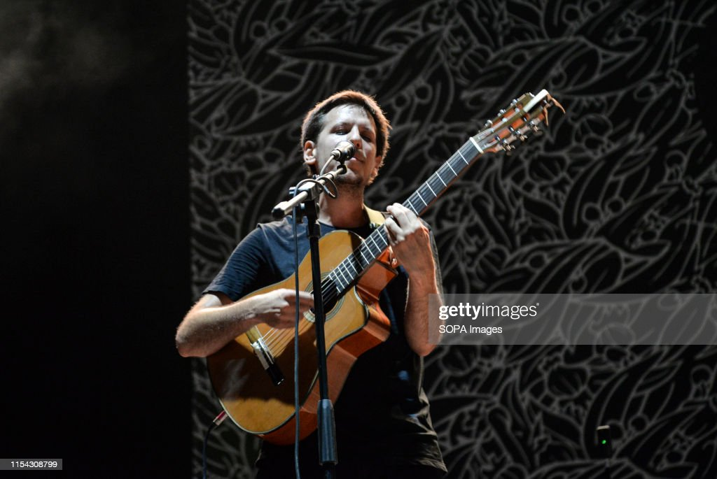 Eugenio in Via di Gioia performs live on stage during the... : News Photo