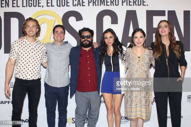Eugenio Siller Santiago Michel Mauricio Barrientos Martha Higareda Miri Higareda and Claudia Álvarez pose for photos during the press conference to...