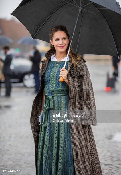 Eugénie Niarchos is seen outside Dior during Paris Fashion Week - Womenswear Spring Summer 2021 : Day Two on September 29, 2020 in Paris, France.