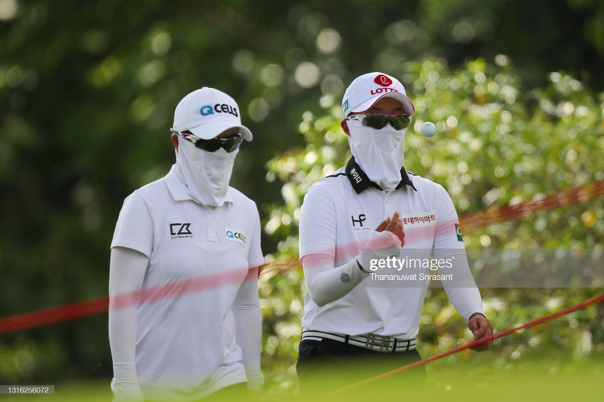https://media.gettyimages.com/photos/eunhee-ji-and-hyo-joo-kim-of-republic-of-korea-walk-during-the-round-picture-id1316256072?s=2048x2048
