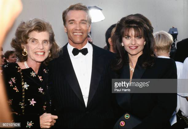 Eunice Shriver Arnold Schwarzenegger and his wife Maria Shriver attend a black tie party October 29 1990 in Los Angeles California